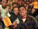 Cung Le Fan Goes Nuts