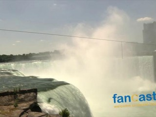 Wallenda Walks Across Niagara Falls